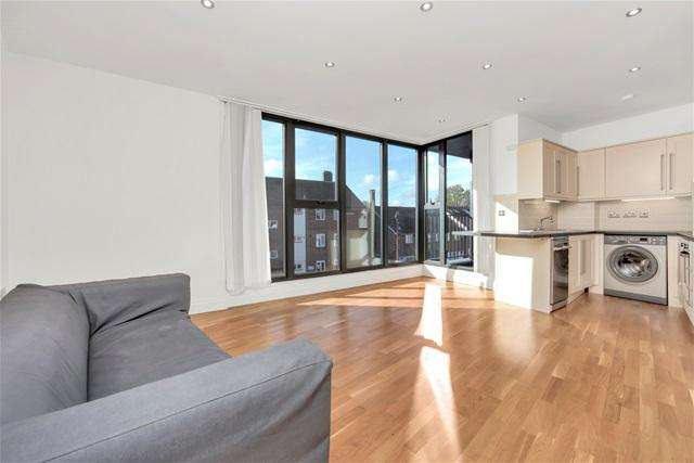 2 Bedrooms Flat for sale in Comerford Road, Brockley