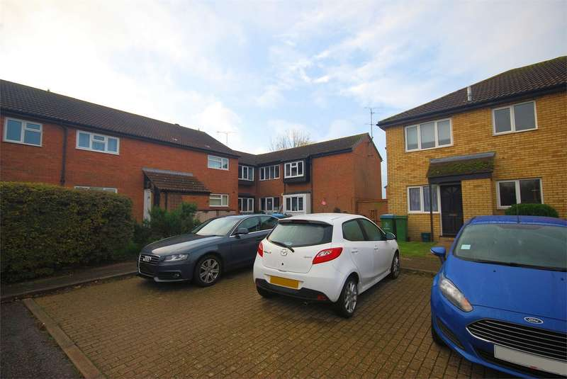 Flat for sale in Eden Close, AYLESBURY, Buckinghamshire