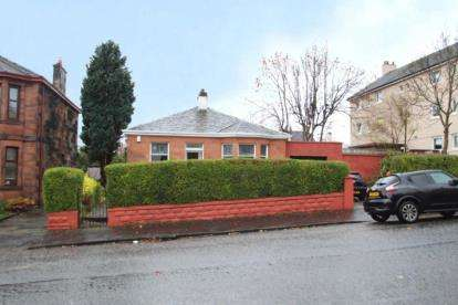 3 Bedrooms Bungalow for sale in Hillview Street, Glasgow, Lanarkshire