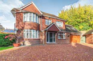6 Bedrooms Detached House for sale in Hilary Gardens, Rochester, Kent, England