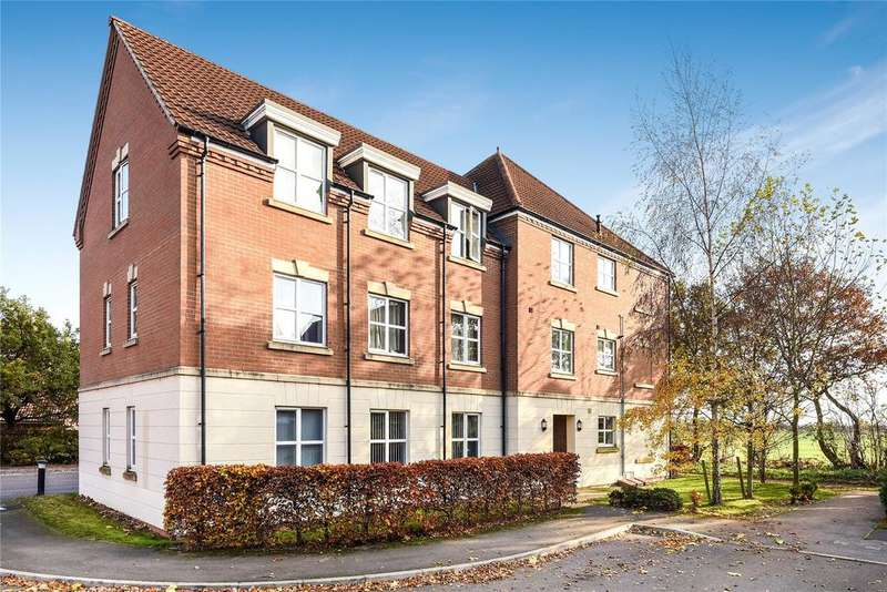 2 Bedrooms Flat for sale in Nero Way, North Hykeham, LN6