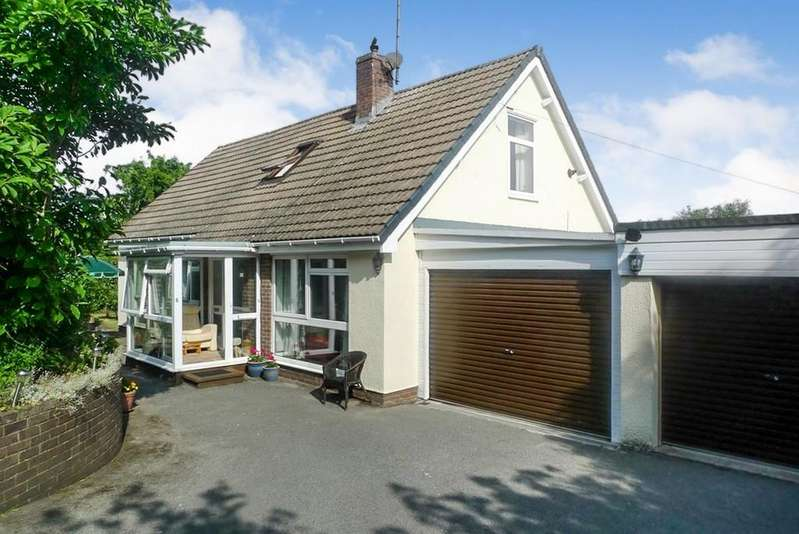 4 Bedrooms Detached House for sale in Watkin Avenue, Old Colwyn