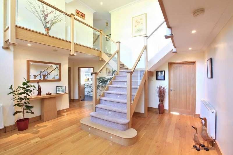 4 Bedrooms Detached House for sale in Cherry Garden Lane, Danbury, CM3 4QP