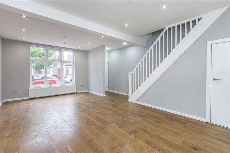 4 Bedrooms House for sale in Albion Road, Walthamstow
