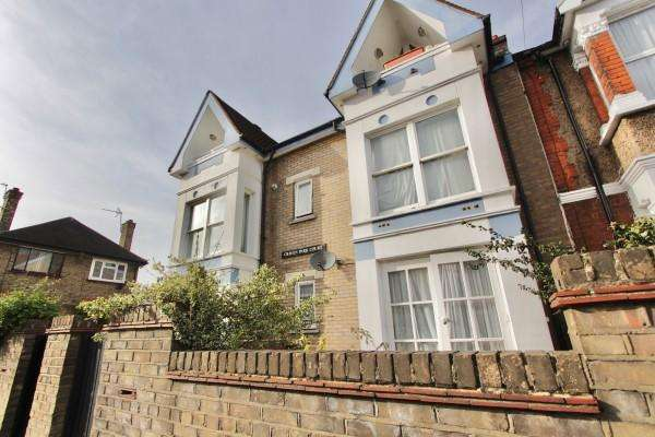 1 Bedroom Flat for sale in Craven Park Road, Stamford Hill, N15
