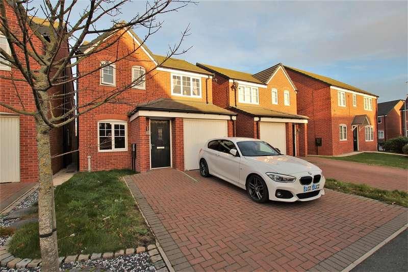 3 Bedrooms Detached House for sale in Walnutwood Avenue, Bamber Bridge, Preston