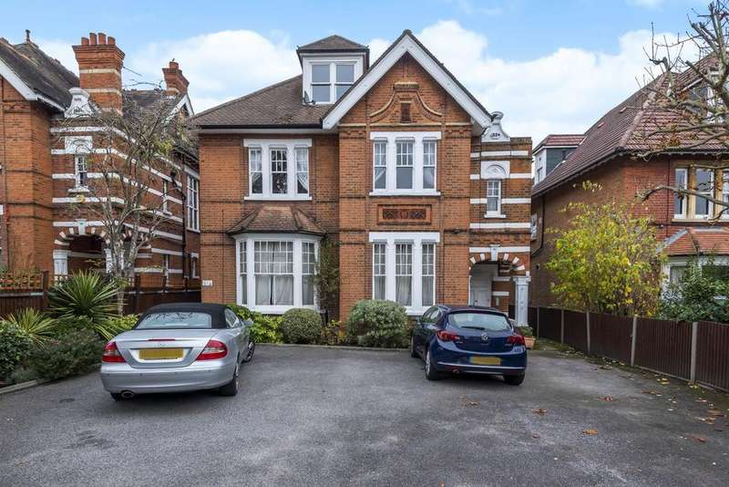 2 Bedrooms Flat for sale in Edge Hill, Wimbledon