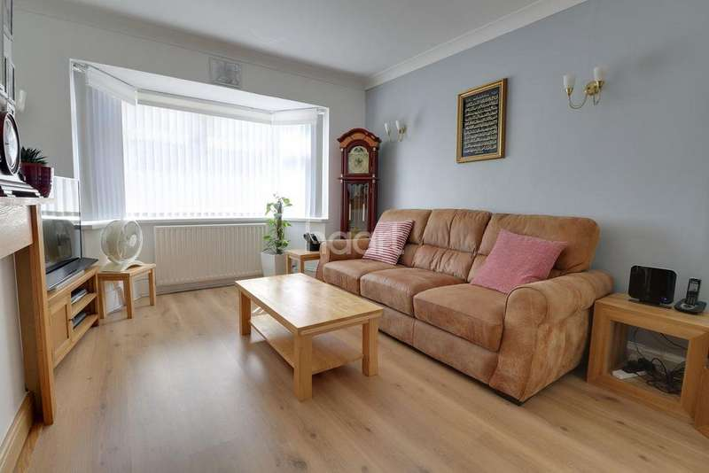 3 Bedrooms Bungalow for sale in Cranbrook Drive