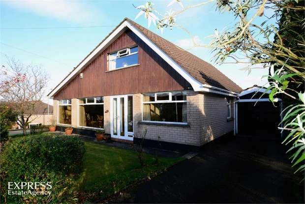 4 Bedrooms Detached House for sale in Glenside Park, Lisburn, County Antrim