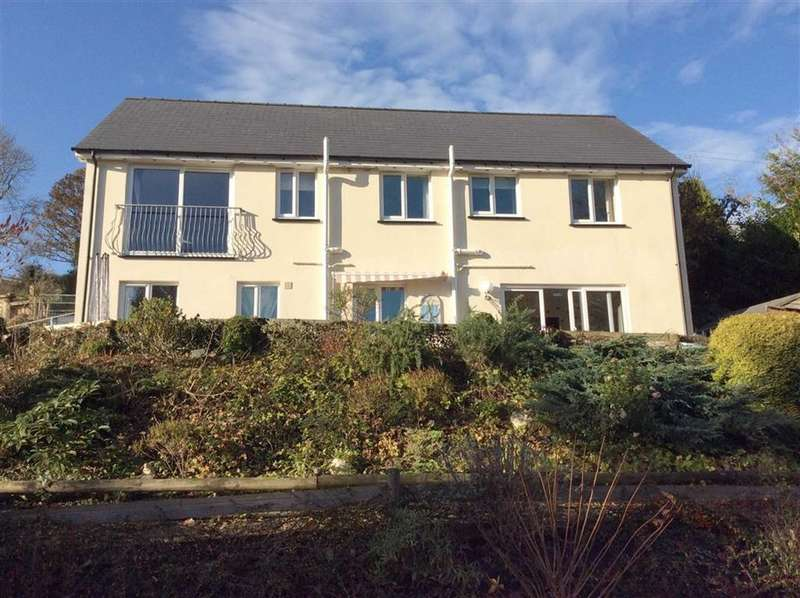 6 Bedrooms Detached House for sale in ABERCYCH