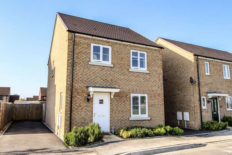3 Bedrooms Link Detached House for sale in Tyne Close, Spalding