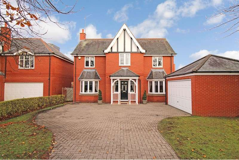 5 Bedrooms Property for sale in Brackenfield Road, Gosforth, Newcastle upon Tyne, Tyne and Wear, NE3 4DX