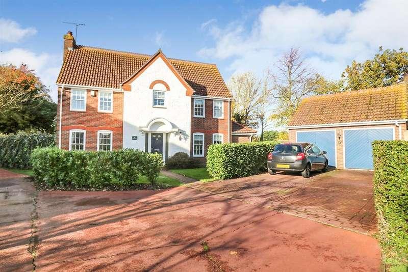 5 Bedrooms Detached House for sale in De Vere Close, Hatfield Peverel, Chelmsford