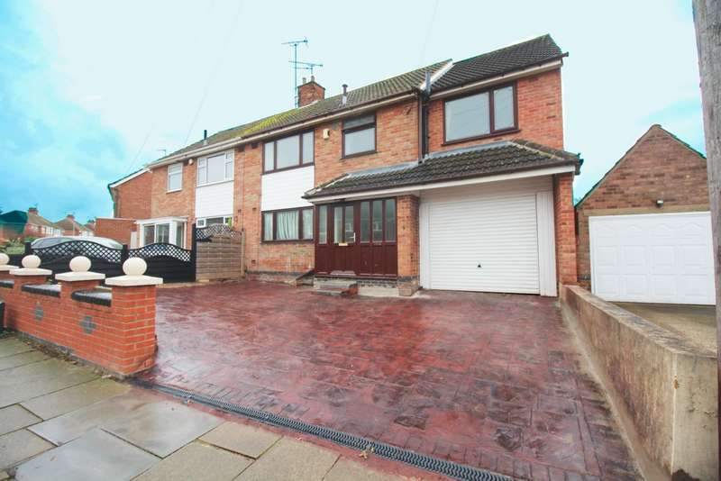 4 Bedrooms Semi Detached House for sale in Roehampton Drive, Wigston, LE18