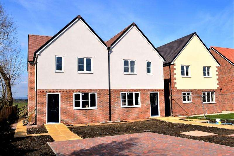 4 Bedrooms Detached House for sale in The Folly, Bredons Hardwick, Tewkesbury, Glos GL20