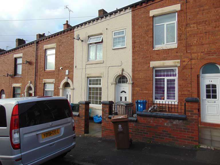 2 Bedrooms Terraced House for sale in 16 Tate Street, Glodwick, Oldham