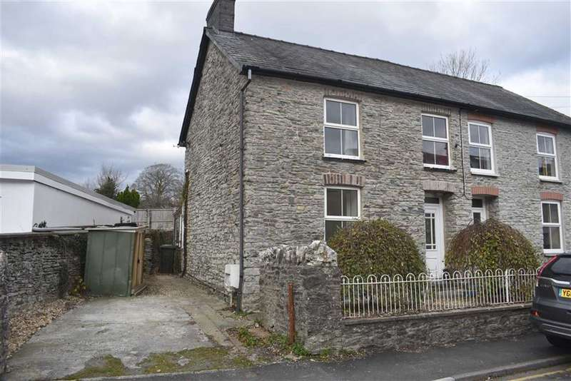 3 Bedrooms Semi Detached House for sale in Mill Street, Lampeter