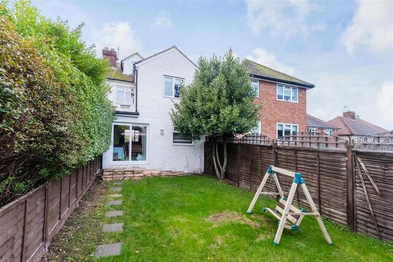 4 Bedrooms House for sale in Kentons Lane, Windsor