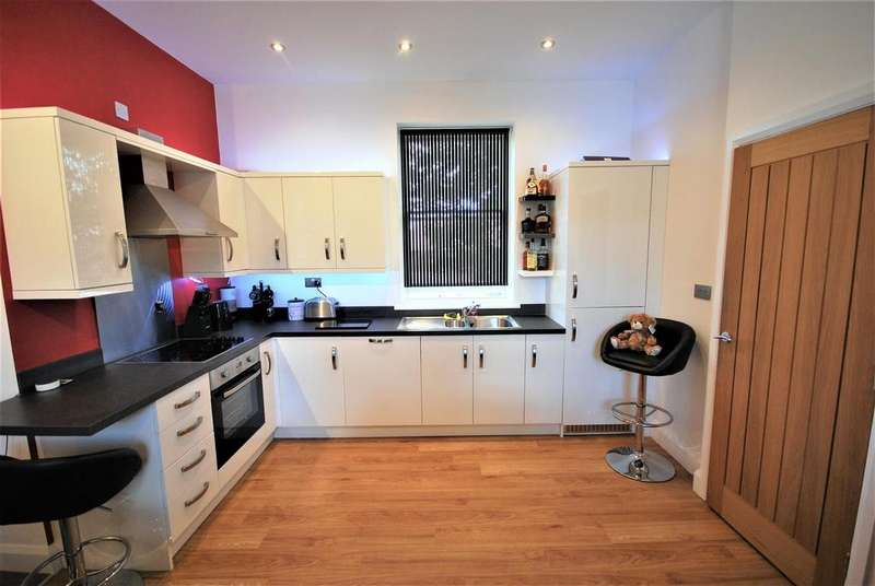 2 Bedrooms Maisonette Flat for sale in Orchard Park, Holbeach, Spalding