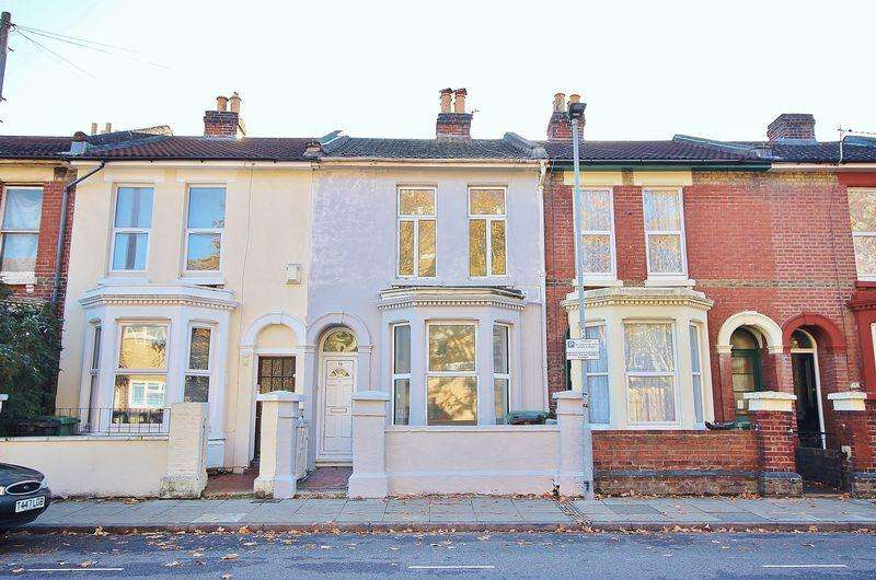 4 Bedrooms Terraced House for sale in Somers Road, Southsea