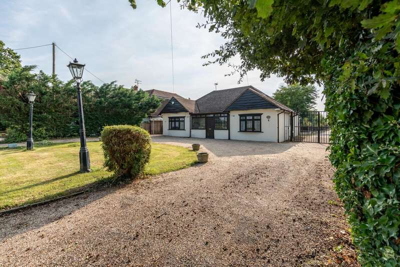 4 Bedrooms Detached House for sale in Ramsden Bellhouse, Billericay
