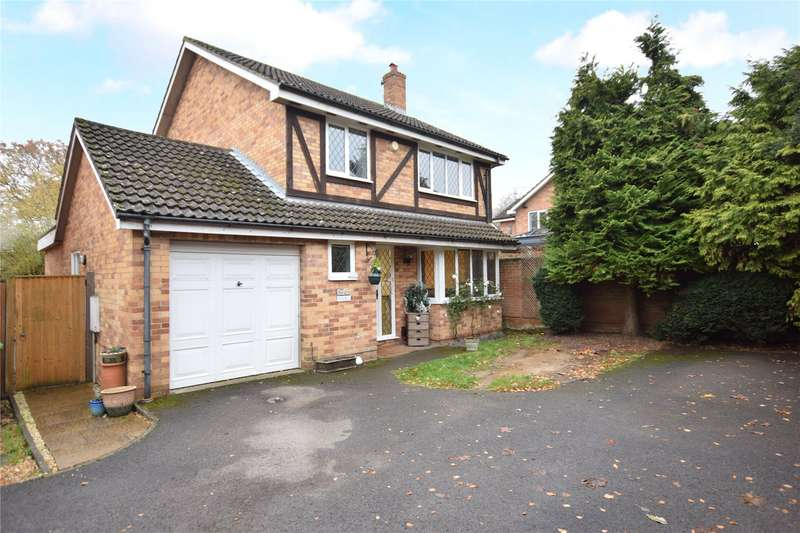 4 Bedrooms Detached House for sale in Tippits Mead, Amen Corner, Binfield, Berkshire, RG42