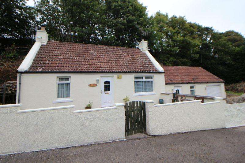 2 Bedrooms Detached Bungalow for sale in Denhead, Kennoway