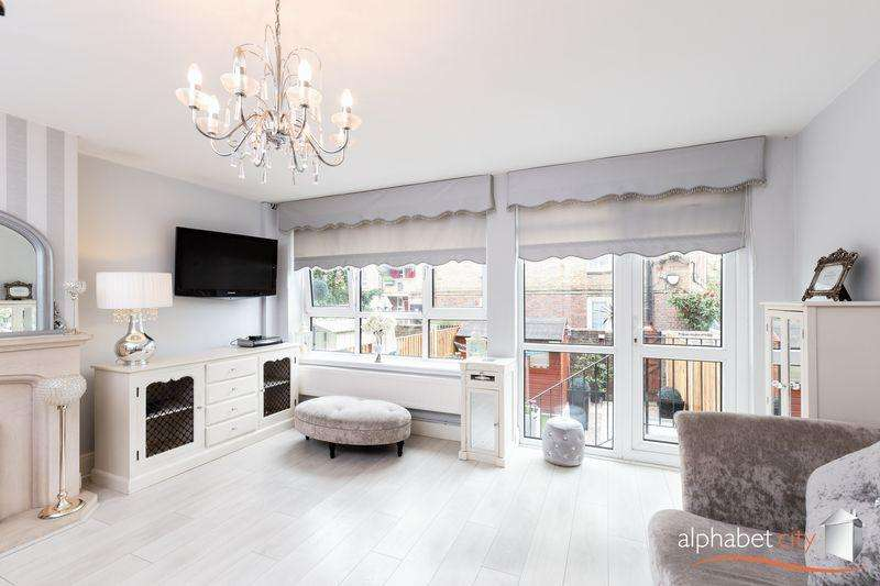 3 Bedrooms Apartment Flat for sale in East India Dock Road, Docklands E14
