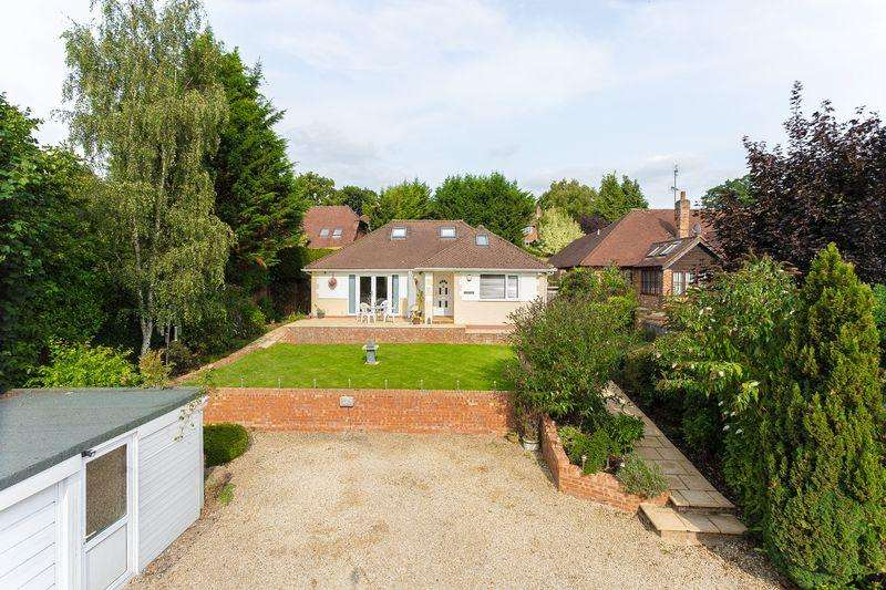 4 Bedrooms Detached House for sale in Amersham Road, Chalfont St Peter