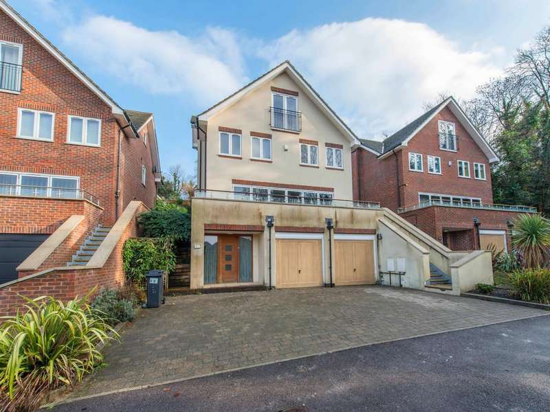 5 Bedrooms Town House for sale in PURLEY