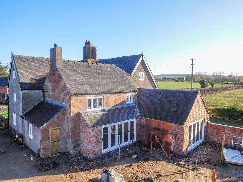 5 Bedrooms Detached House for sale in Dorrington Lane, Woore, Crewe