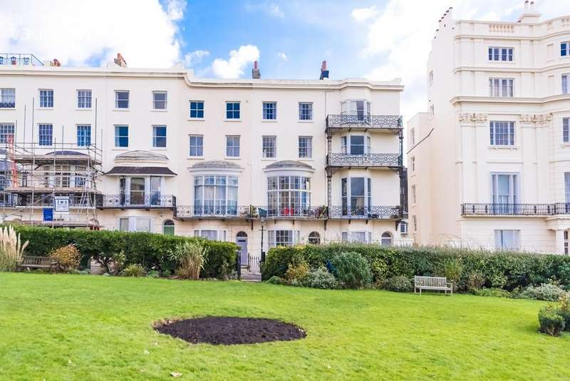 7 Bedrooms Terraced House for sale in Marine Square, Brighton, BN2