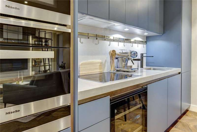 2 Bedrooms Flat for sale in Hexagon Apartments, Parker Street, Covent Garden, London, WC2B