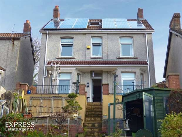 4 Bedrooms Detached House for sale in Gladstone Road, Crumlin, Newport, Caerphilly