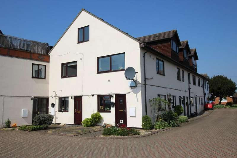 2 Bedrooms Flat for sale in Chapel Court, Langford, Biggleswade, SG18