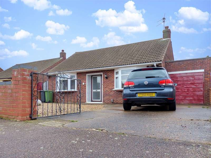 3 Bedrooms Detached Bungalow for sale in Southfields Avenue, Peterborough, Cambridgeshire. PE2 8RU