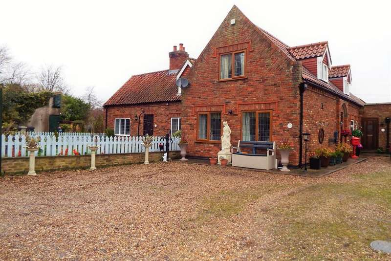 2 Bedrooms Cottage House for sale in Church Lane, Sibsey, Boston, PE22