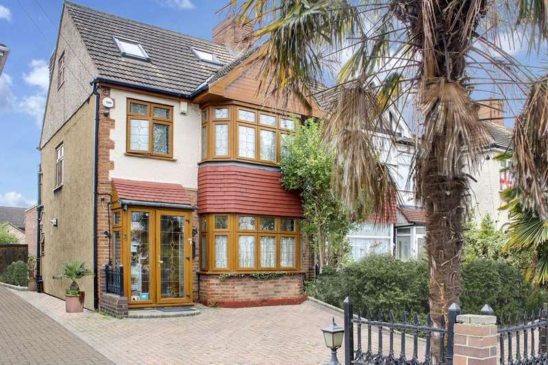 4 Bedrooms Semi Detached House for sale in The Fairway, Palmers Green, London, N13