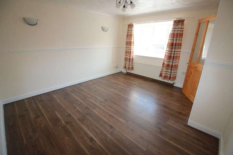 3 Bedrooms Town House for sale in St Georges Terrace, Harwood Street, Darwen