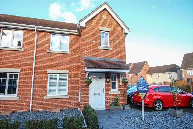 3 Bedrooms Semi Detached House for sale in St. Swithins Road, Fleet, GU51