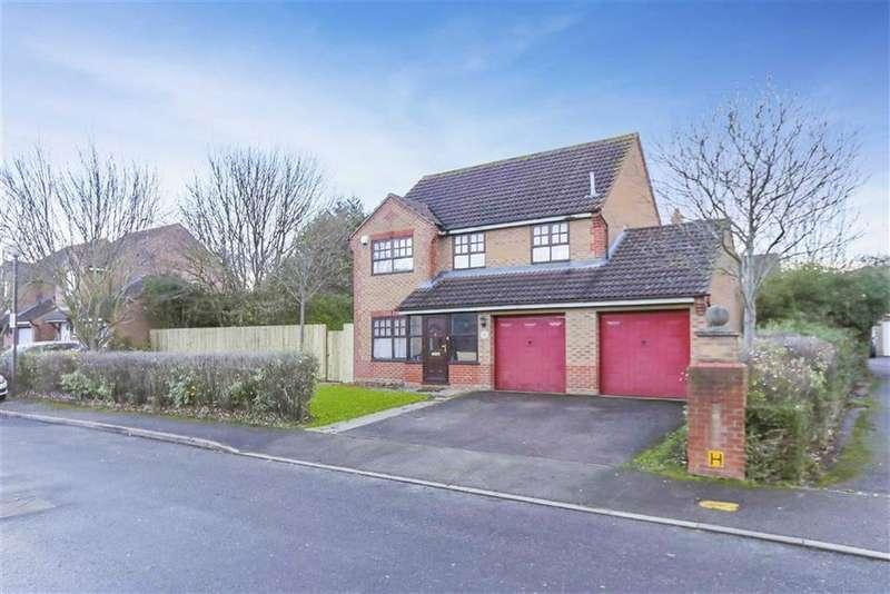 4 Bedrooms Detached House for sale in Grace Avenue, Oldbrook, Milton Keynes, Buckinghamshire