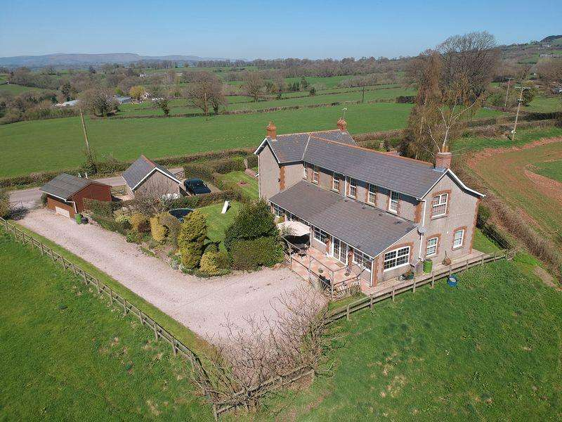 4 Bedrooms Detached House for sale in Cross Ash, Monmouthshire NP7 8PS