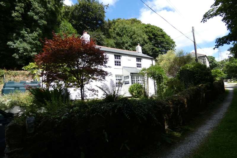 2 Bedrooms Cottage House for sale in Carthew, St. Austell, Cornwall, PL26