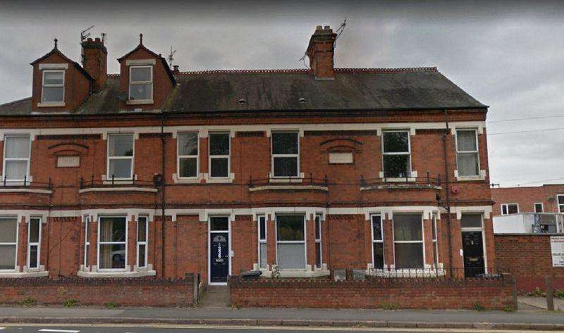 6 Bedrooms Terraced House for sale in Saffron Lane, Leicester