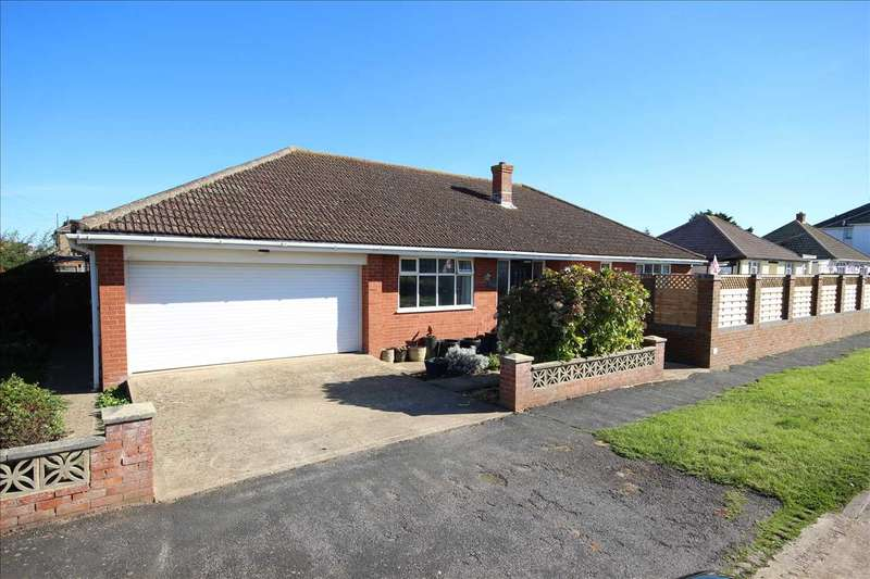3 Bedrooms Bungalow for sale in Horsham Avenue, Peacehaven