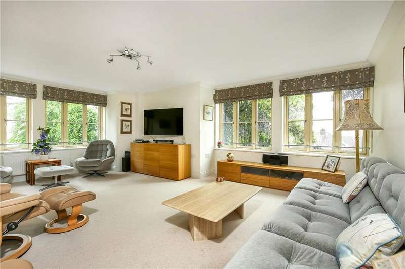 3 Bedrooms Retirement Property for sale in Milesdown Place, Winchester, Hampshire, SO23