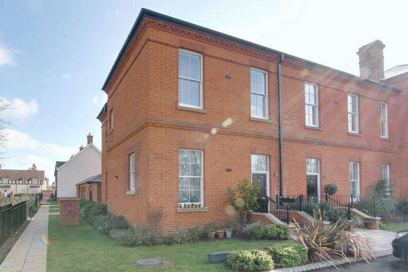3 Bedrooms House for sale in Brigadier House, Colchester