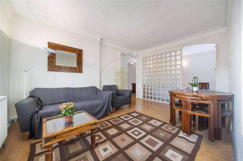 Studio Flat for sale in Acol Court, Acol Road, South Hampstead, London, NW6