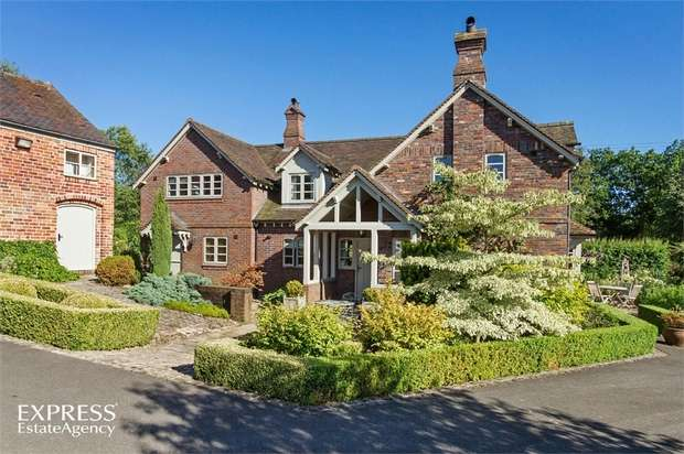 4 Bedrooms Detached House for sale in Whitmore, Newcastle, Staffordshire