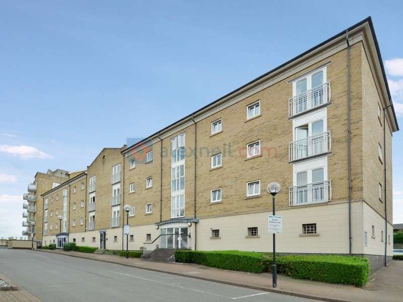 2 Bedrooms Flat for sale in Millennium Drive, Isle of Dogs E14
